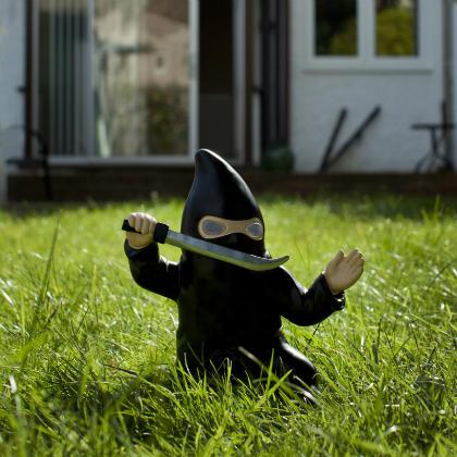 Un ninja nain de jardin pour prot ger votre maison for Acheter un nain de jardin